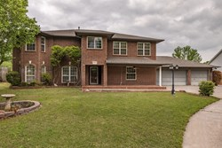 1605 SE 4th St, Moore