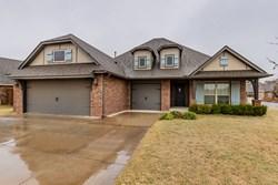 5720 St James Pl, Oklahoma City
