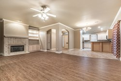 2217 NW 44th Ct, Oklahoma City