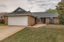 2201 NE 8th St, Moore
