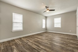 208 Country Club Ter, Midwest City