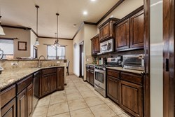 2413 SE 89th Ter, Moore