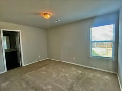 11713 NW 133rd St, Piedmont