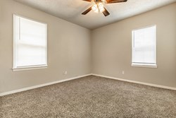 3620 Woodside Dr, Midwest City